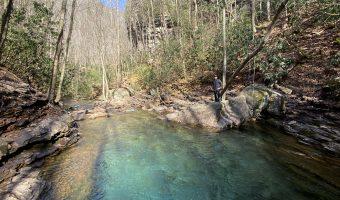Hiking Devil's Bathtub, Virginia